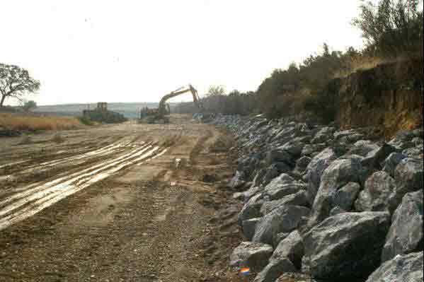 Bendway Weirs And Lpstp Constuction